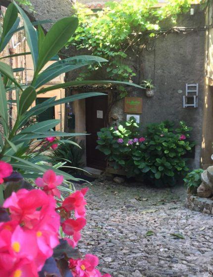 Ingresso al San Martino Rooms and Breakfast Verezzi